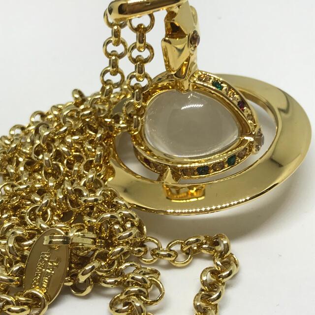 Vivienne Westwood(ヴィヴィアンウエストウッド)のヴィヴィアン ゴールド スモールオーブ ネックレス レディースのアクセサリー(ネックレス)の商品写真