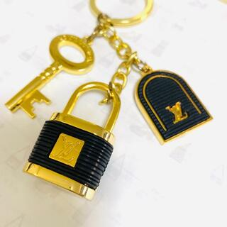 LOUIS VUITTON - ルイヴィトン キーホルダー キーリング キーチェーン