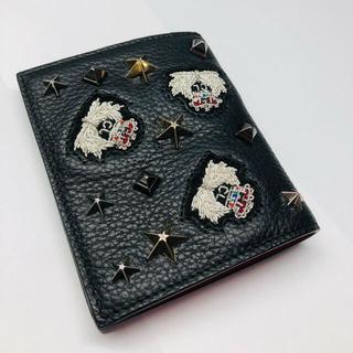 クリスチャンルブタン(Christian Louboutin)のクリスチャン・ルブタン 二つ折り財布 パネトーネ スタッズ クラウン(財布)