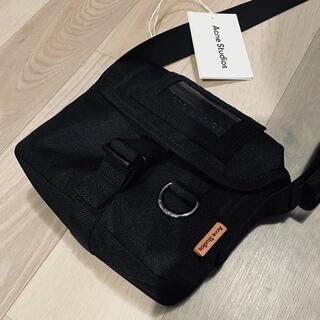 アクネ(ACNE)のAcne Studios small messenger bag (メッセンジャーバッグ)