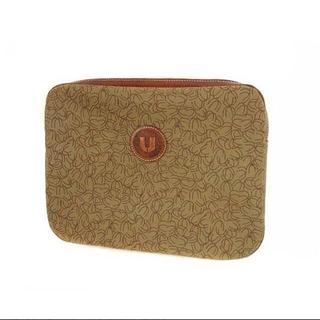 エマニュエルウンガロ(emanuel ungaro)の未使用ウンガロUNGAROセカンドバッグかばん鞄ナイロンキャンバスレザー小物入れ(クラッチバッグ)
