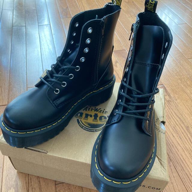 Dr.Martens(ドクターマーチン)の☆新品 Dr.Martens JADON 8ホール 23〜23.5㎝ レディースの靴/シューズ(ブーツ)の商品写真