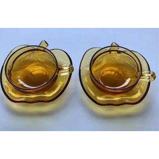 トウヨウササキガラス(東洋佐々木ガラス)の昭和レトロ アンバー リンゴ カップ&ソーサー(グラス/カップ)