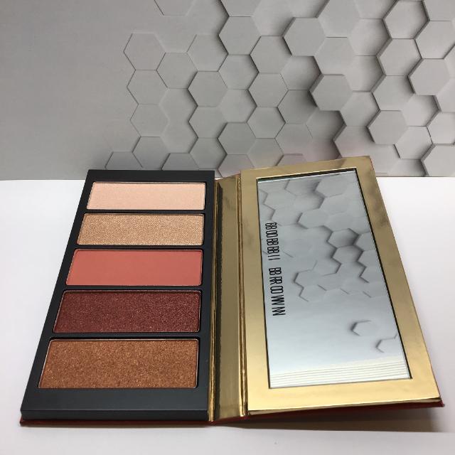 BOBBI BROWN(ボビイブラウン)のBOBBI BROWN ストローク オブ ラック アイパレット コスメ/美容のベースメイク/化粧品(アイシャドウ)の商品写真