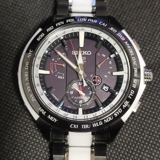 セイコー(SEIKO)の★極上美品★限定アストロン SBXB071 白×黒 チタンセラミック(腕時計(アナログ))