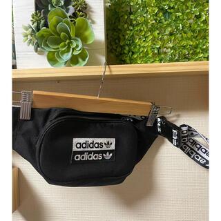 アディダス(adidas)のadidasoriginalsボディーバッグ(ボディバッグ/ウエストポーチ)