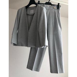 デミルクスビームス(Demi-Luxe BEAMS)のトーナル  パンツスーツ ジャケット セットアップ ライトグレー 春夏(スーツ)