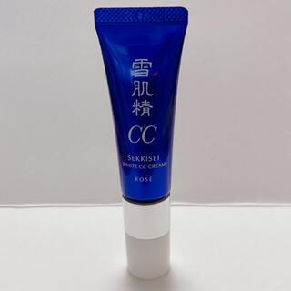 セッキセイ(雪肌精)の雪肌精 ホワイト CCクリーム 02 エッセンスファンデーション(CCクリーム)