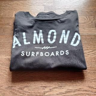 アーモンド(ALMOND)のシン様専用です■ALMOND SURF ロンTアーモンド/フロントロゴ/S  (Tシャツ/カットソー(七分/長袖))