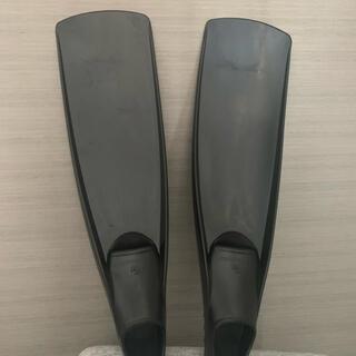 ガル(GULL)の新品未使用GULL バラクーダフィン2021年モデル(マリン/スイミング)