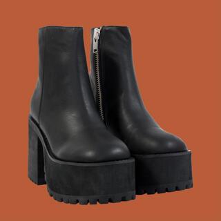 ユニフ(UNIF)のUNIF bonnie boots(ブーツ)