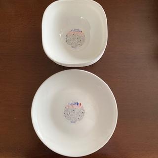 ヤマザキセイパン(山崎製パン)の【新品・未使用品】ヤマザキ春のパン祭り 白いお皿 10枚セット(食器)