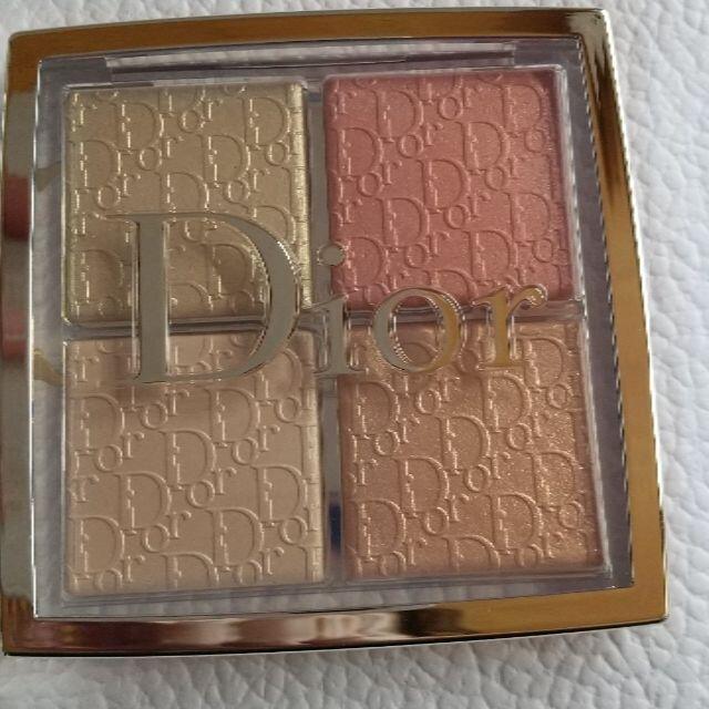 Christian Dior(クリスチャンディオール)の[新品未使用]ディオールフェイスグロウパレット004 コスメ/美容のベースメイク/化粧品(フェイスパウダー)の商品写真