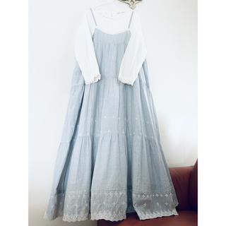 刺繍裾スカラップティアードキャミワンピース❤️大きいサイズ身幅120cmまでOK(ロングワンピース/マキシワンピース)