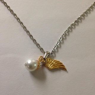 ハンドメイド天使の羽パールネックレス(ネックレス)