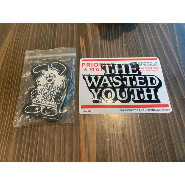 GDC(ジーディーシー)の心斎橋 PARCO wasted youth ステッカー キーホルダー セット メンズのファッション小物(キーホルダー)の商品写真