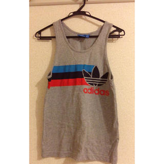 アディダス(adidas)のadidas ノースリーブ(Tシャツ/カットソー(半袖/袖なし))