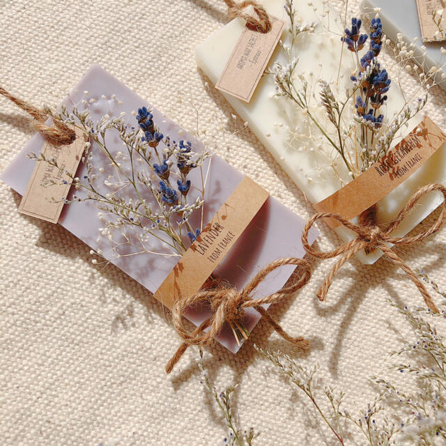 香りが選べるアロマワックスサシェ*lavender bouquet ハンドメイドのインテリア/家具(アロマ/キャンドル)の商品写真