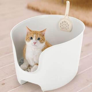 リッチェル(Richell)の【新品未使用】リッチェル 壁高猫トイレ ホワイト(猫)