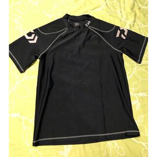 ダイワ(DAIWA)の値下げ❗️ダイワ DE-6103 ショートスリーブ ラッシュガードシャツ M(ウエア)