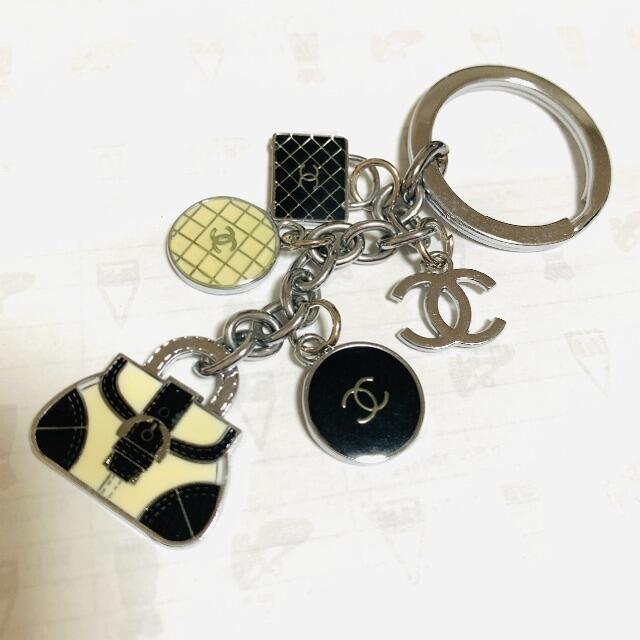 CHANEL(シャネル)のキーホルダー キーリング キーチェーン レディースのファッション小物(キーホルダー)の商品写真