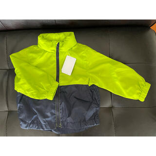 ニシマツヤ(西松屋)の新品タグ付き ウインドブレーカー 上着(ジャケット/コート)