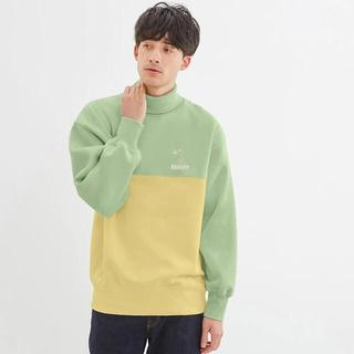ジーユー(GU)のスウェットタートルネックシャツ(長袖)Peanuts+E(スウェット)