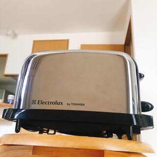 トウシバ(東芝)のレトロ ポップアップトースター 中古品 分解清掃済み(調理機器)