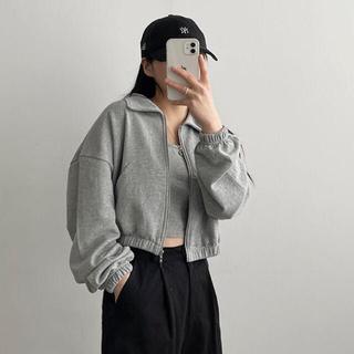 スタイルナンダ(STYLENANDA)の【予約商品】《3カラー》クロップド ジップアップ アウター 韓国ファッション(ノーカラージャケット)