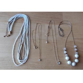 ジーユー(GU)のネックレス4個セット(ネックレス)