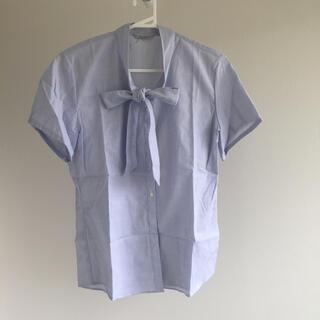 アオキ(AOKI)のボウタイブラウス アオキ LES MUES Femme(シャツ/ブラウス(半袖/袖なし))