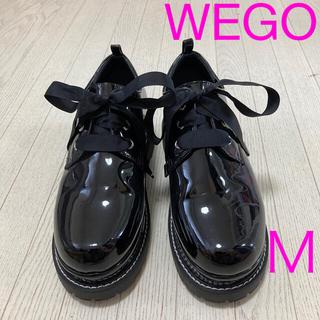 ウィゴー(WEGO)のWEGO 厚底 ローファー  黒  エナメル ★ 美品  Mサイズ(ローファー/革靴)