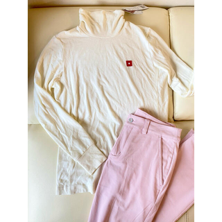 オノフ(Onoff)のオノフ タートルネック 白 ピンク レディース トップス ゴルフウェア (ウエア)