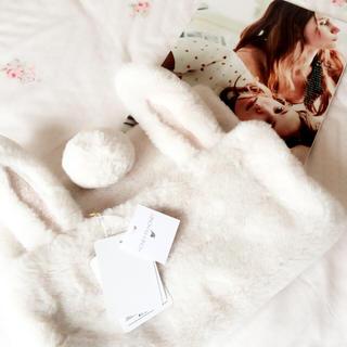 ハニーミーハニー(Honey mi Honey)のHONEY MI HONEY  rabbit fur clutch bag(クラッチバッグ)