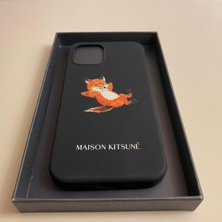 メゾンキツネ(MAISON KITSUNE')のメゾンキツネ CHILLAX FOX iPhone12/12Pro(モバイルケース/カバー)