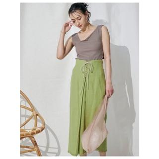 マーキュリーデュオ(MERCURYDUO)の新品 MERCURYDUO リネンレースアップタイトスカート ライム(ロングスカート)