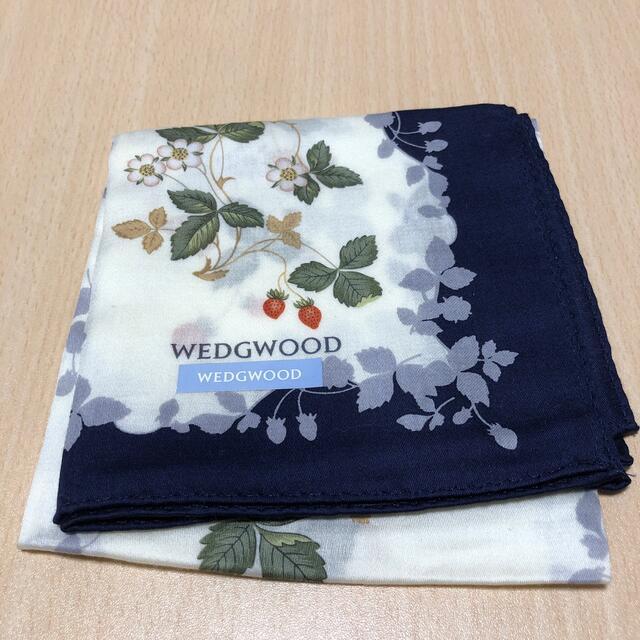 WEDGWOOD(ウェッジウッド)の値下げ★wedgwood★大判ハンカチ★未使用 レディースのファッション小物(ハンカチ)の商品写真