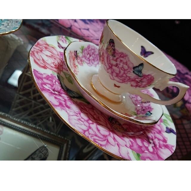 ROYAL ALBERT(ロイヤルアルバート)のロイヤルアルバートミランダカーコラボセット インテリア/住まい/日用品のキッチン/食器(グラス/カップ)の商品写真