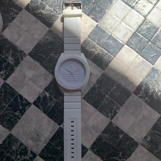 アディダス(adidas)の☆お値下げ中☆ adidas アディダス 腕時計 白(腕時計)