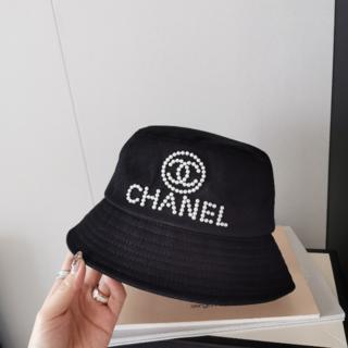 シャネル(CHANEL)のCHANEL パール×ロゴ ハット 新品(ハット)