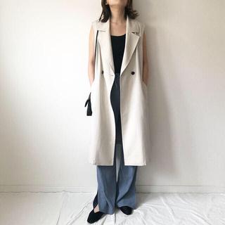 ザラ(ZARA)の★新品 GU ジーユー 美シルエット ロングジレ トレンチコート(トレンチコート)