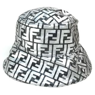 フェンディ(FENDI)のフェンディ FXQ801 ズッカ FF柄 帽子 バケットハット シルバー(ハット)