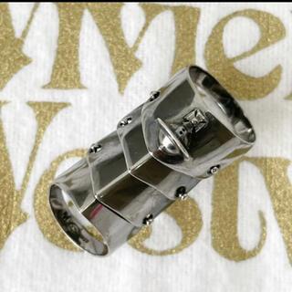 ヴィヴィアンウエストウッド(Vivienne Westwood)の正規品ヴィヴィアン  アーマーリング M ガンメタ(リング(指輪))