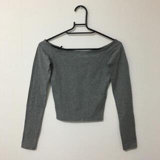 アーバンアウトフィッターズ(Urban Outfitters)の新品 トップス(Tシャツ(長袖/七分))