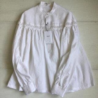 サイ(Scye)のscye  リネンピンタックプルオーバーブラウス 新品 40サイズ 白(シャツ/ブラウス(長袖/七分))
