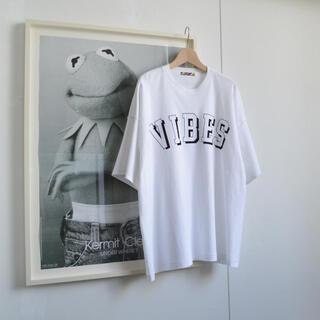 イズネス(is-ness)の 「is-ness」×「N-S」×「JOHN」Tシャツ(Tシャツ/カットソー(半袖/袖なし))