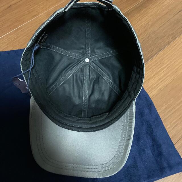 PRADA(プラダ)のPRADA キャップ グレー 新品 メンズの帽子(キャップ)の商品写真