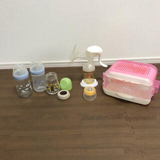 ピジョン(Pigeon)のピジョン哺乳瓶1本・NUK哺乳瓶2本・ピジョン搾乳器・ピジョンスチーム消毒ケース(哺乳ビン用消毒/衛生ケース)