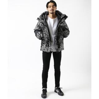 FREAK'S STORE - firstdown paisley down jacket