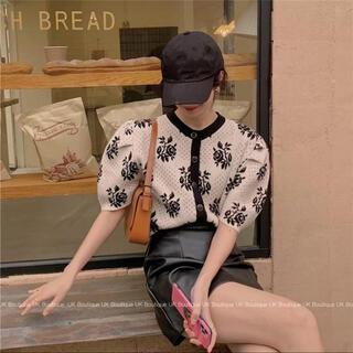 スタイルナンダ(STYLENANDA)のカーディガン パフスリーブ 花柄 半袖 ニット(カーディガン)